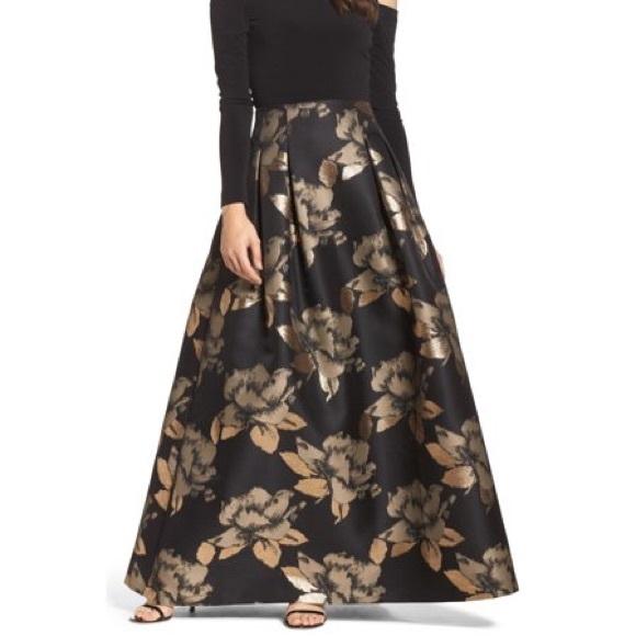feb60aee21093 NWT Eliza J Black Gold Maxi Floral Pleated Skirt